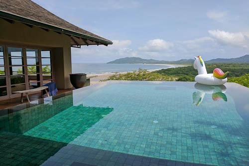 Infinity pool at Casa Alang Alang