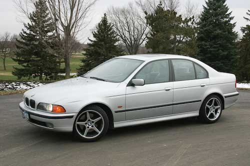 The 540i shod in snow tires
